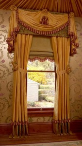 traditional-curtains